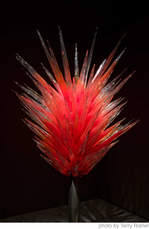 Dale Chihuly - Red Flame Icicle Tower
