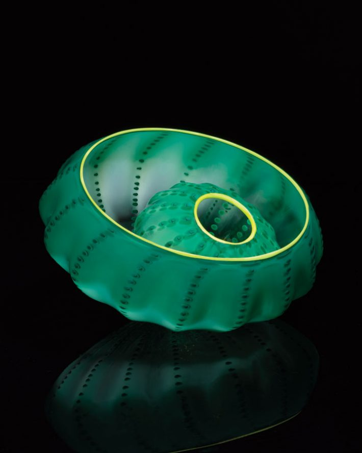 Dale-Chihuly-Jade-Green-Seaform