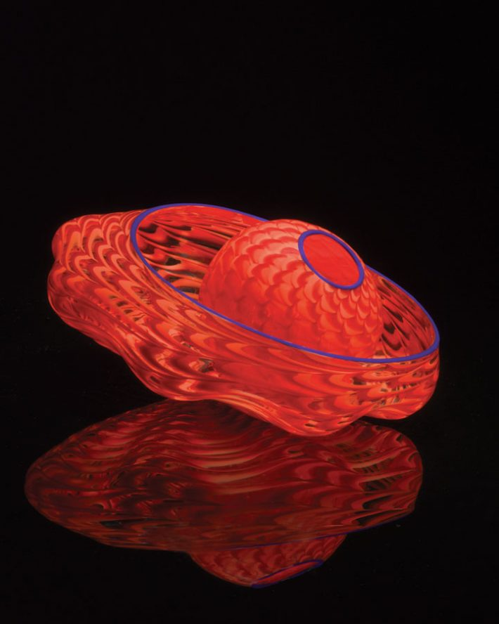 Dale-Chihuly-Star-Fire-Seaform